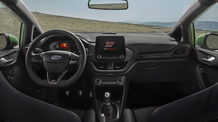 Ford Fiesta ST 2022 - interior