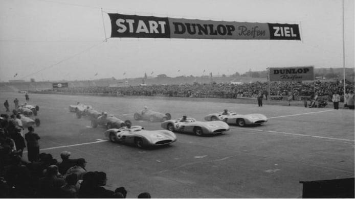 Salida del primer GP de Berlín en 1954