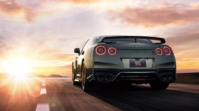 Nissan GT-R 2022 - posterior