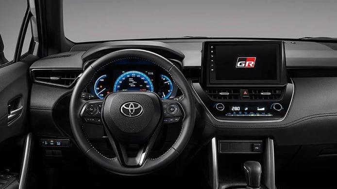 Toyota Corolla Cross GR Sport - interior