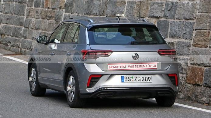Volkswagen T-Roc R-Line 2022 - foto espía posterior