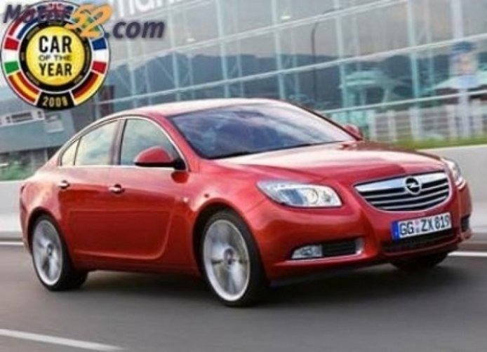Opel recibió el trofeo Car of the Year