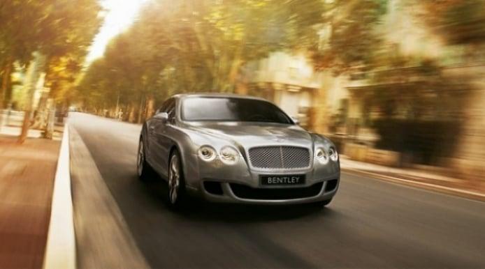 Rebajas de verano, compra un yate y te llevas un Bentley gratis