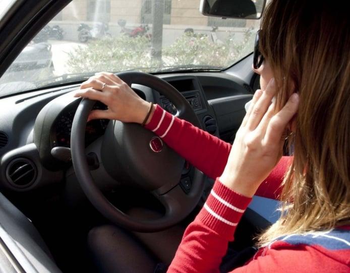 Los malos hábitos al volante más comunes entre los conductores