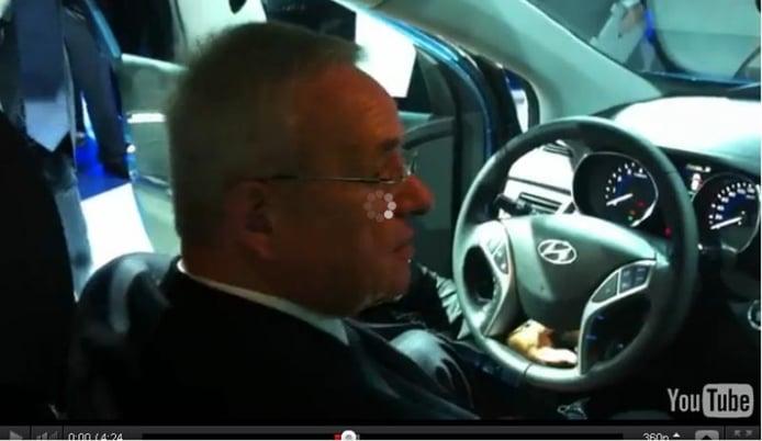 El Presidente de Volkswagen se sorprende con el nuevo Hyundai i30