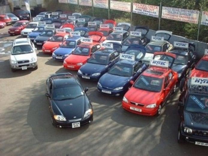 Los usuarios buscan vehículos por debajo de los 15.000 euros