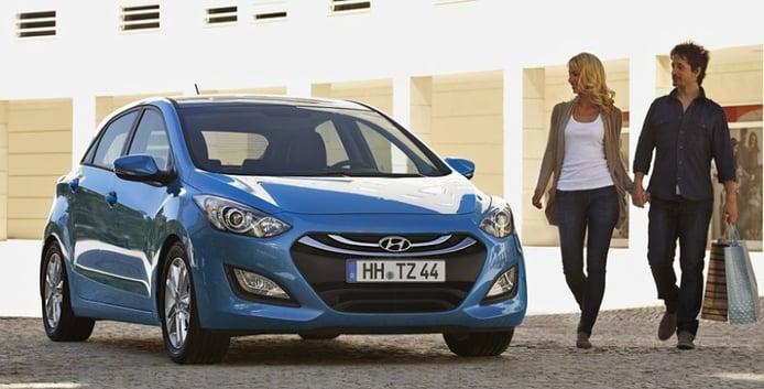 Vemos la trasera del Hyundai i30 2012