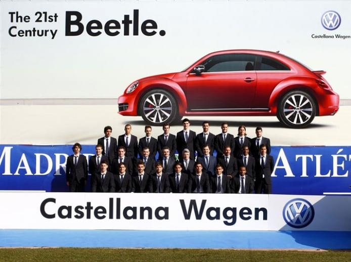 El Atlético de Madrid estrena 44 Volkswagen... ¡Y entre ellos el Beetle!