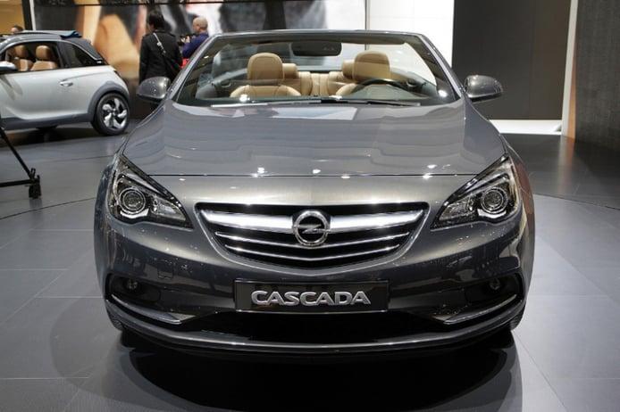 Opel Cabrio en el Salón de Ginebra