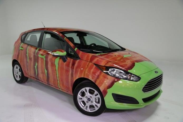 No es broma: Ford presenta un Fiesta con lonchas de bacón