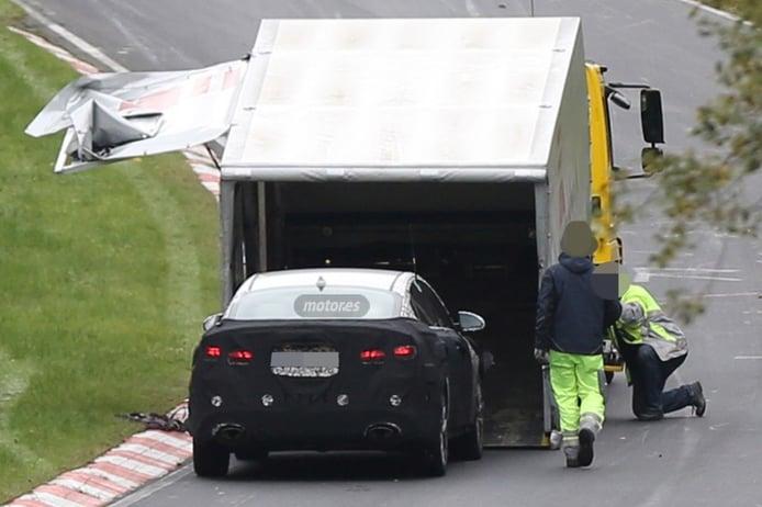 El Kia Optima 2016 se rinde en Nürburgring