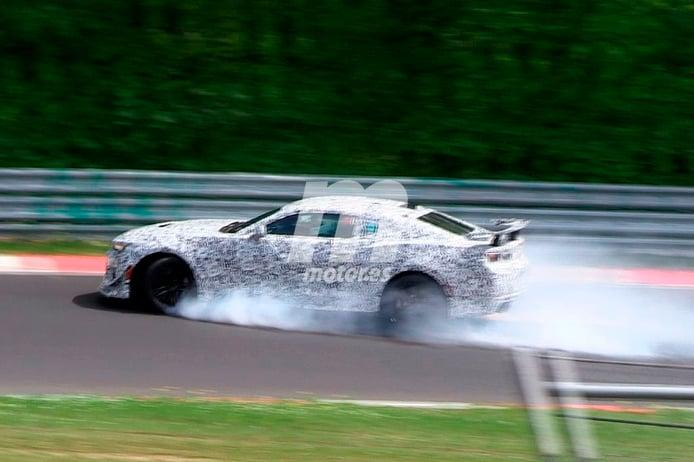 El Camaro Z28 2017 sufre un accidente en Nürburgring