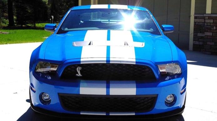 Extraña ganga: Todo un Ford Mustang Shelby GT500 de 2010 con solo 34 kilómetros