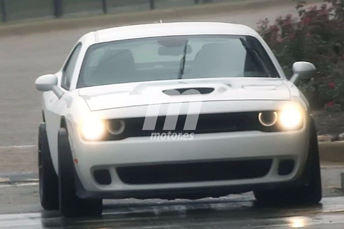 Primeras imágenes del nuevo Dodge Challenger ADR, el Hellcat más radical