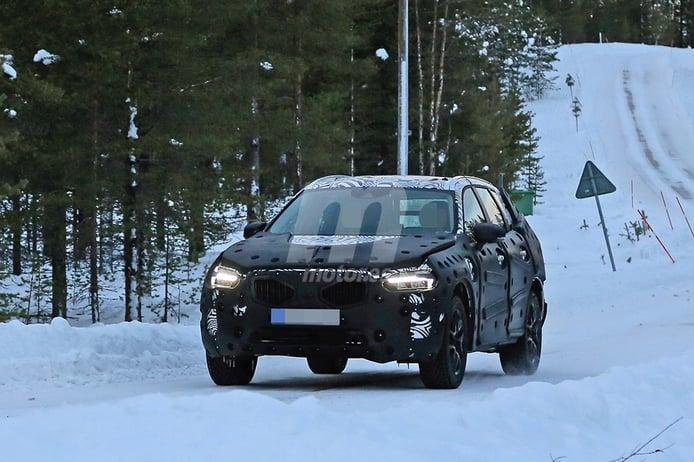 Volvo XC60 2017: la nueva generación se enfrenta al frío de Suecia