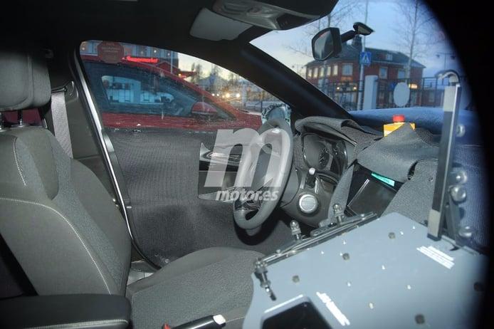 Opel Corsa 2020: un vistazo al interior de la próxima generación del utilitario alemán