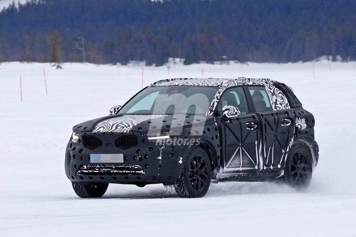 Volvemos a encontrarnos con el pequeño SUV de Volvo en sus pruebas de invierno