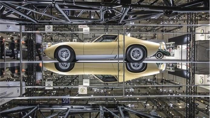 Nuevo Lamborghini Miura SV con el tratamiento intensivo de PoloStorico
