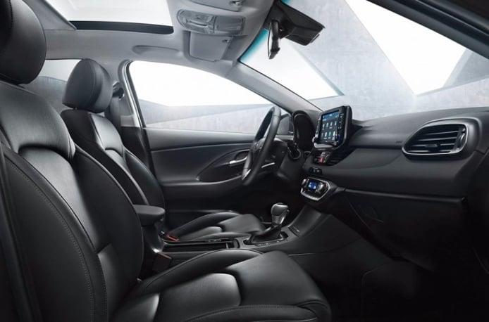 Hyundai i30 Cw 2017 - interior