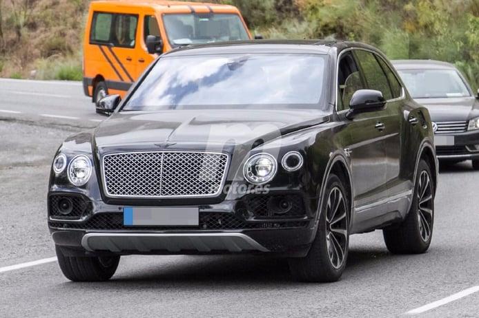 Bentley Bentayga Plug-In Hybrid, primera vez que posa ante nosotros