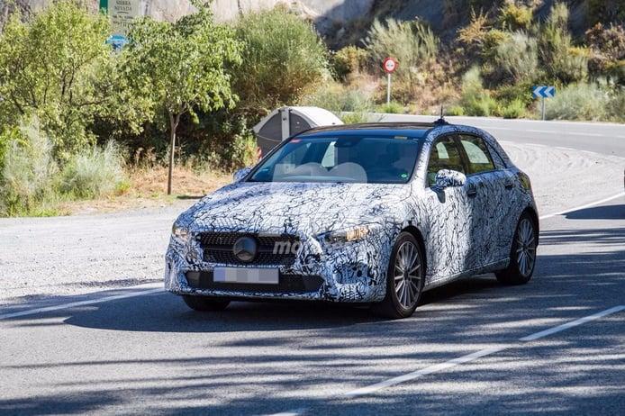 El Mercedes Clase A 2018 híbrido enchufable se deja ver durante unos test