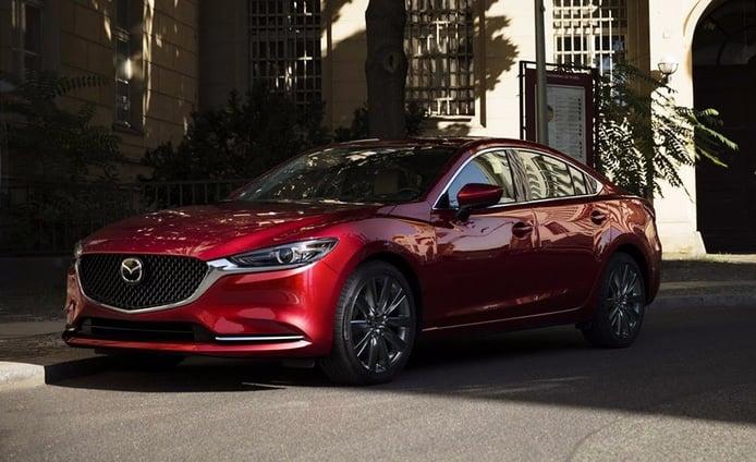 Mazda6 2018: la berlina nipona estrena una imagen más estilizada