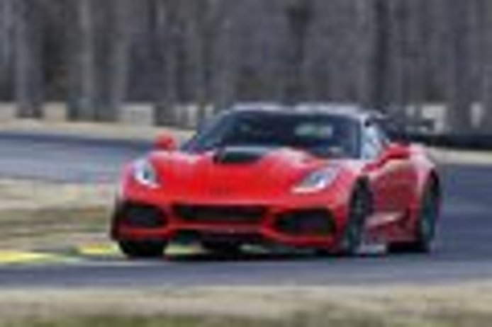 Al Chevrolet Corvette ZR1 parece que se le atraganta Nürburgring