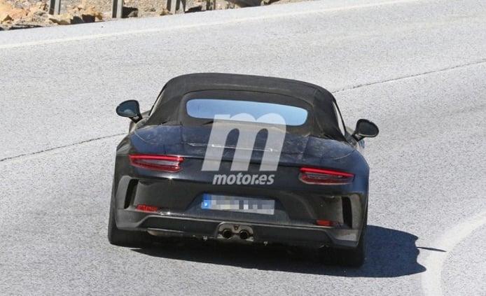 Porsche 911 Speedster 2018 - foto espía posterior
