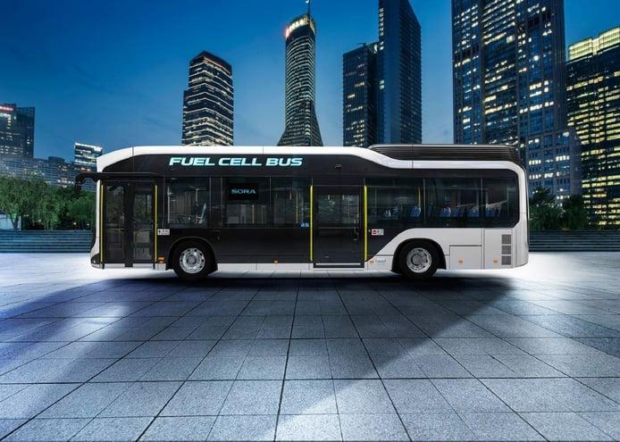 Toyota comienza la producción de su nuevo autobús de hidrógeno