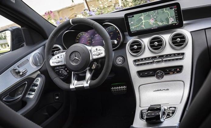 Mercedes-AMG C 63 2019 - interior
