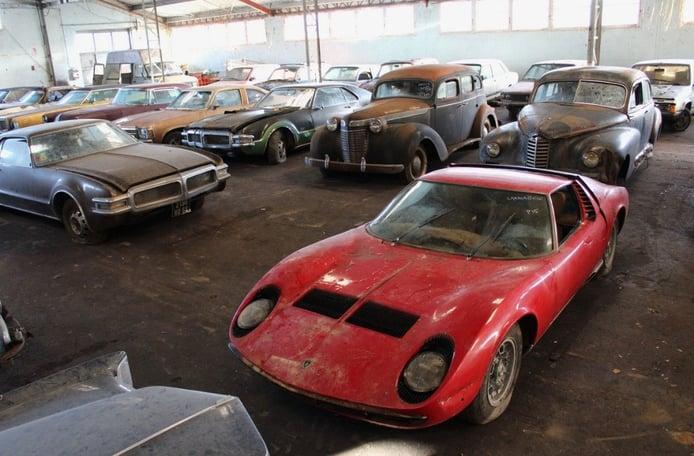 Lamborghini Miura descubierto en una impresionante colección abandonada