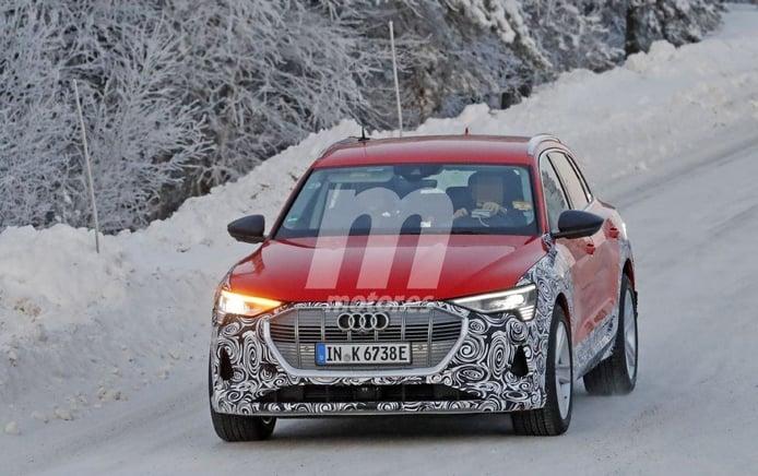 Primeras fotos espía del futuro Audi e-tron S quattro, el crossover eléctrico será más deportivo