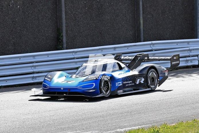 Fotos espía del Volkswagen ID. R rodando en Nürburgring