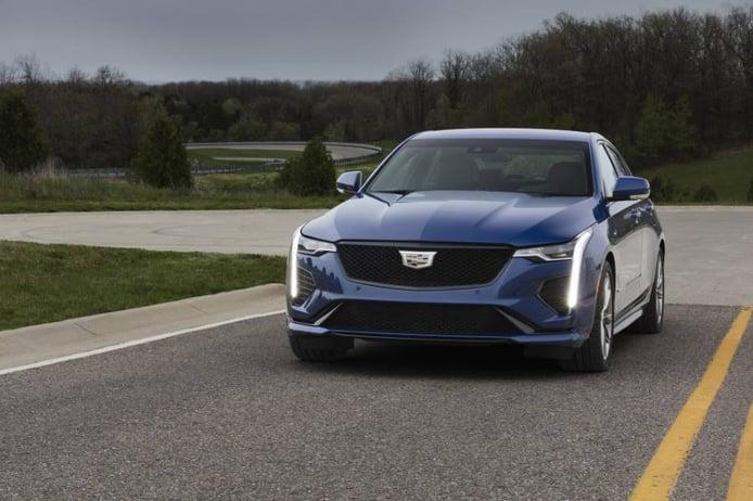 Debuta el nuevo Cadillac CT4-V 2020, la berlina deportiva con 325 caballos