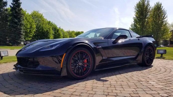 Chevrolet presenta el último ejemplar fabricado del Corvette C7