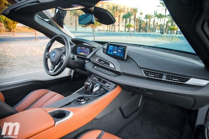 Los futuros eléctricos de BMW i dicen adiós a interiores futuristas