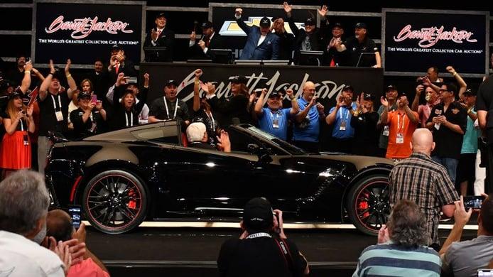El último Chevrolet Corvette Z06 subastado por 2.7 millones de dólares