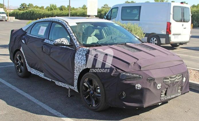 El nuevo Hyundai Elantra se enfrenta al verano en Norteamérica