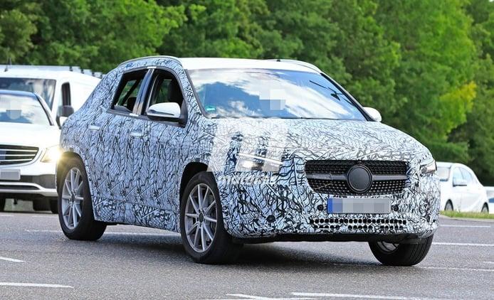 El interior del nuevo Mercedes GLA 2020 al descubierto