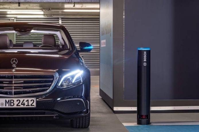 Mercedes ya aparca sus coches con conducción autónoma completa