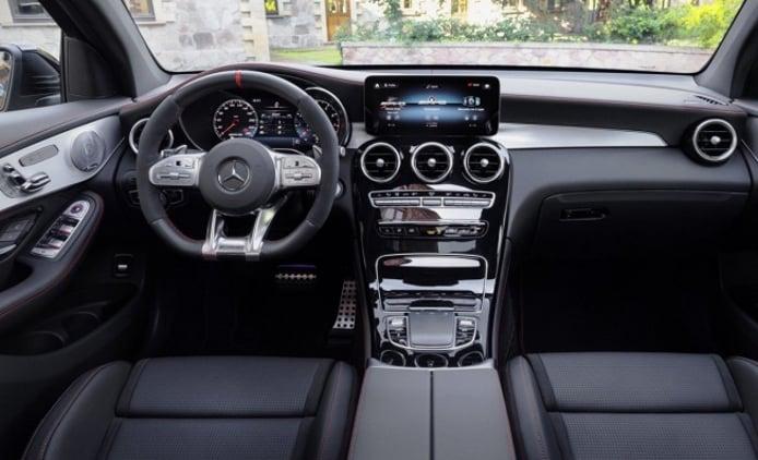 Mercedes-AMG GLC 43 4MATIC Coupé - interior