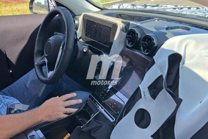 Mercedes Clase C 2021 - foto espía interior