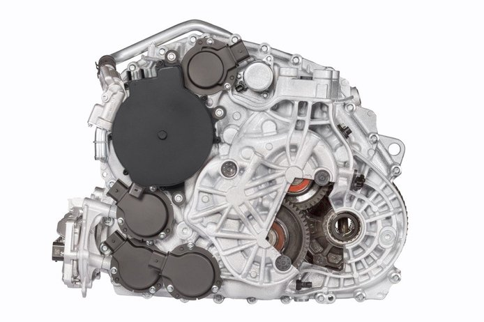 BMW encarga a Magna el mayor pedido de transmisiones para híbridos
