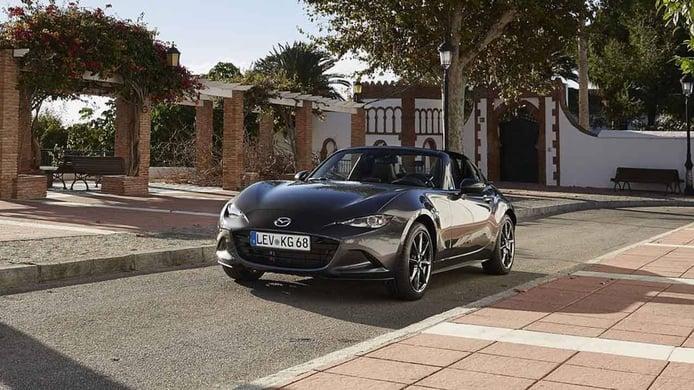 ¿El próximo Mazda MX-5 será híbrido? La marca se lo plantea seriamente