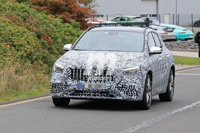 Nuevas fotos espía muestran el interior del Mercedes-AMG GLA 45 4MATIC 2021