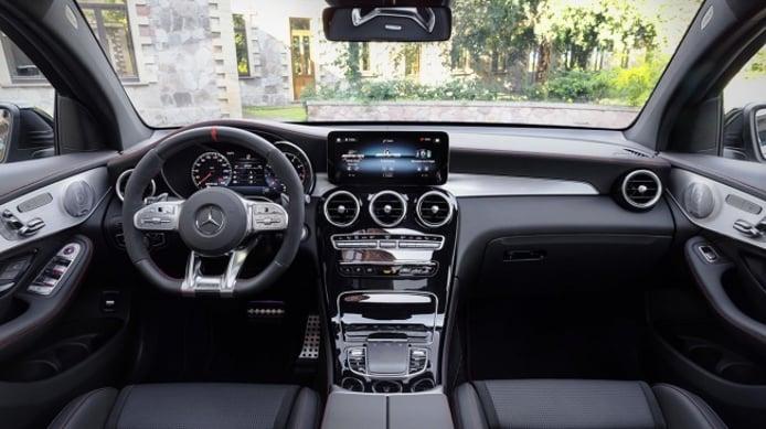 Mercedes-AMG GLC 63 4MATIC+ Coupé - interior