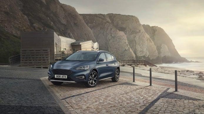Ford Focus Active X Vignale, el lujo se suma al aspecto crossover en la berlina y el familiar