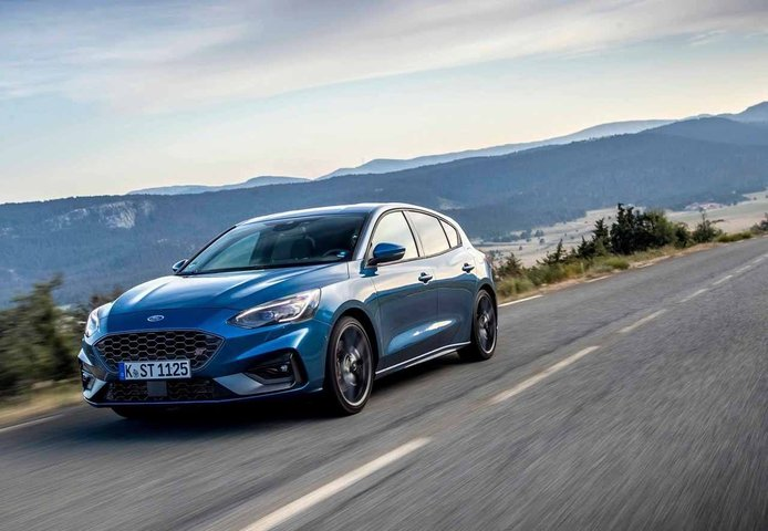 Ford Focus RS 2021, ¡el compacto deportivo se electrifica!
