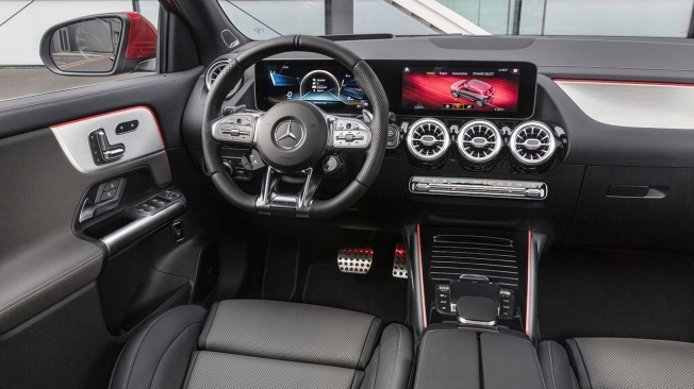 Mercedes-AMG GLA 35 4MATIC 2020 - interior