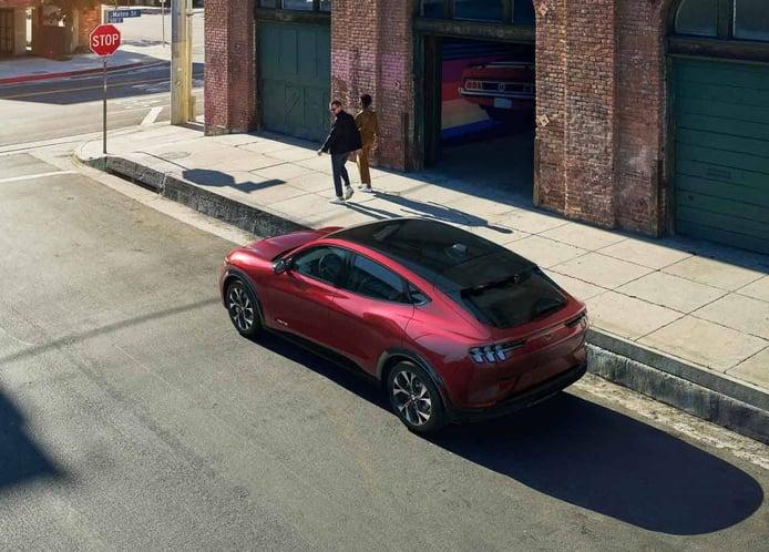 Ford prepara un Mustang eléctrico con plataforma Volkswagen